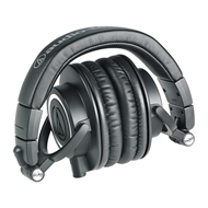 audiotechnicaathm50x-center